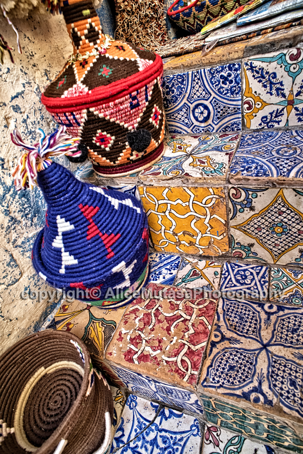 Koulchi: Essaouira shop selling recycled craftwork