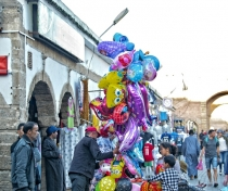 Balloon seller, Essaouira
