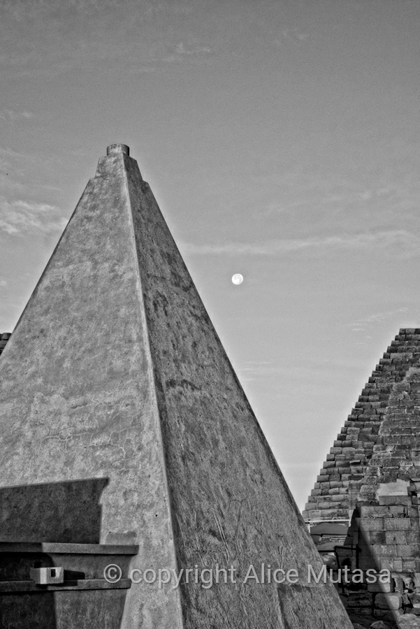 Restored pyramids and post-full moon at Meroë