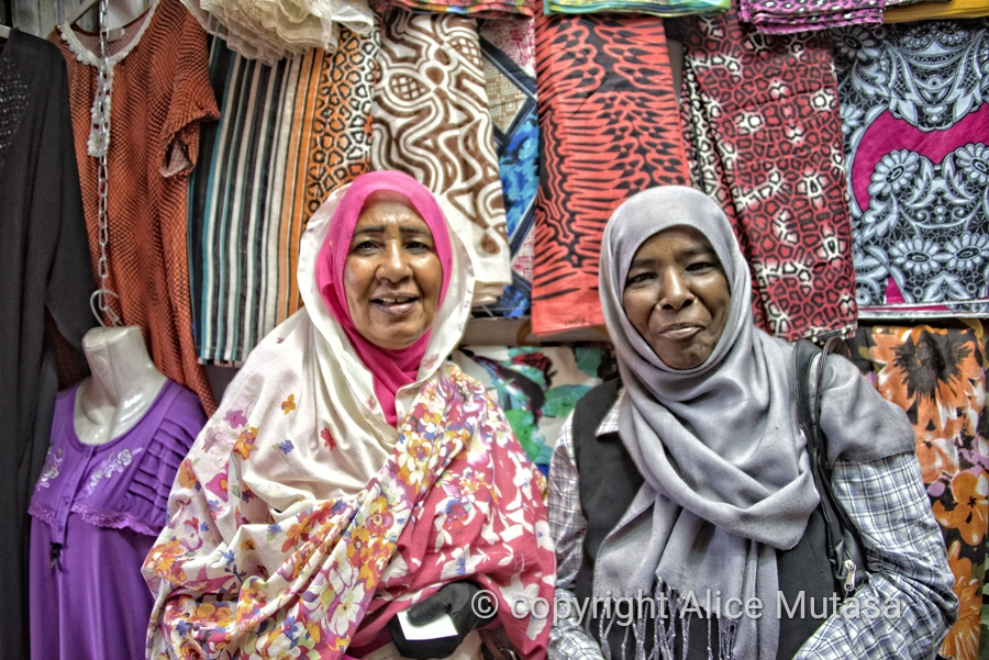 Esharaya and Sadia - lovely women who helped my buy a traditional 'Thobe' in Omdurman suq