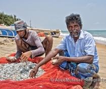 Kanden & Sanden; Fishermen near Dolphin Beach, Kalpitiya