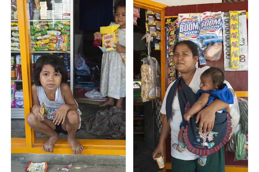 Suta & family friend, Kukuran village, Lombok