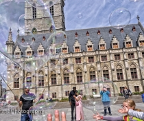 Bubbles in front of the Staadhuis