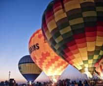 Hot air balloons and new moon