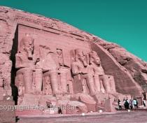 Abu Simbel in technicolour... :-)