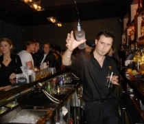 En Vogue nightclub, London