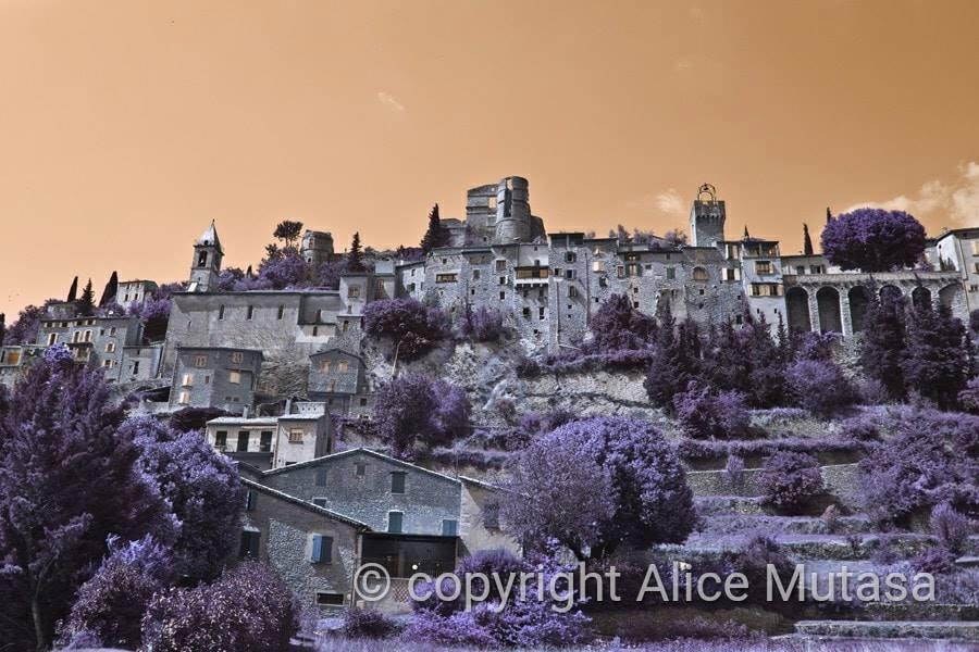 Montbrun colours