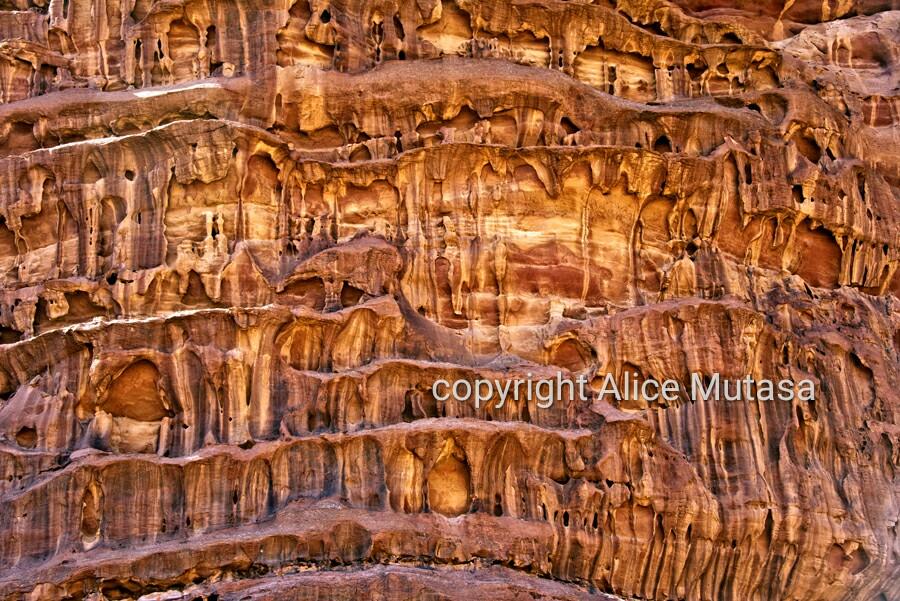Amazing rock patterns in Wadi Rum