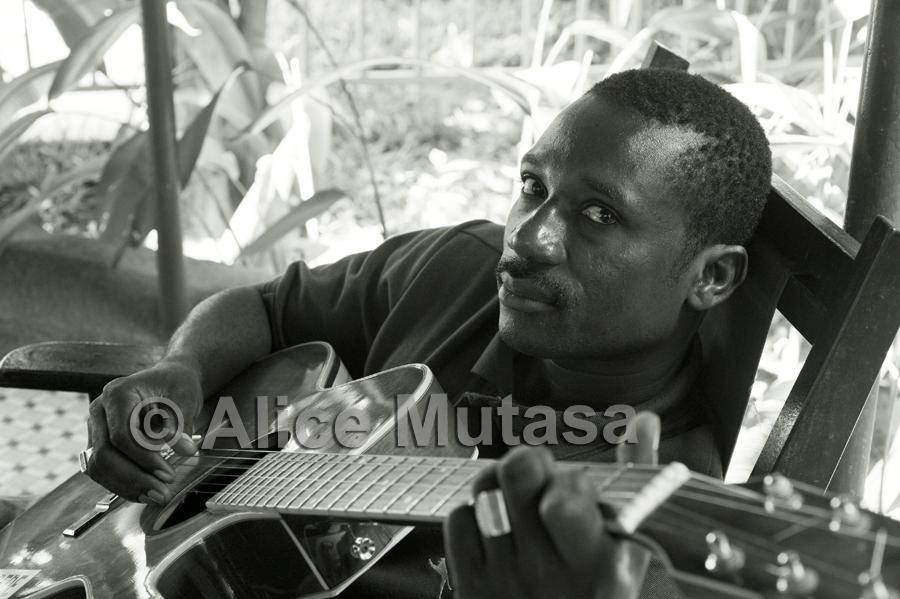 Koudede: Burkina Faso (Bobo Dioulasso)