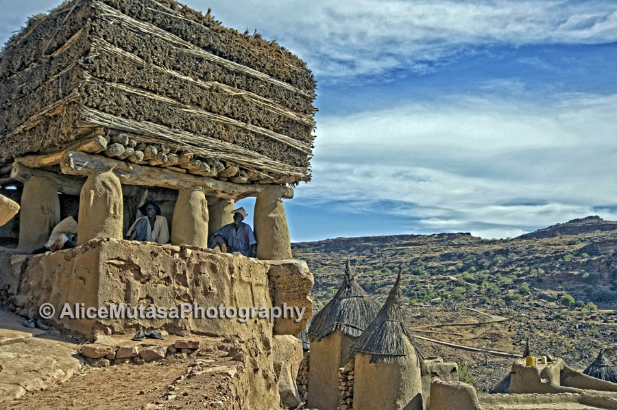 'Togu Na' / 'Talking House' - Pays Dogon