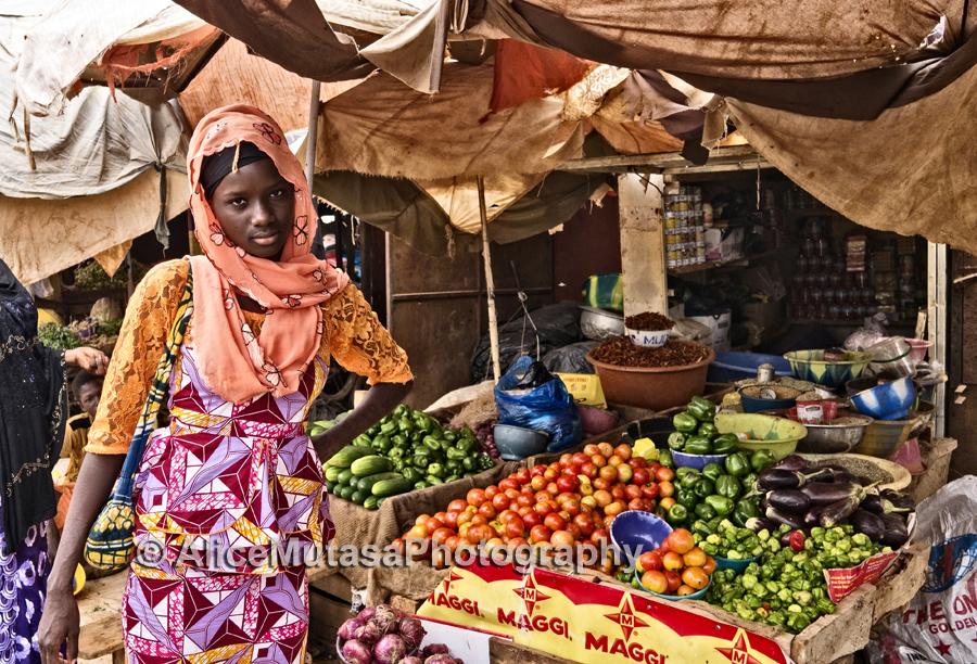 Mimi au marché Yantalla / Mimi at Yantalla market, Niamey
