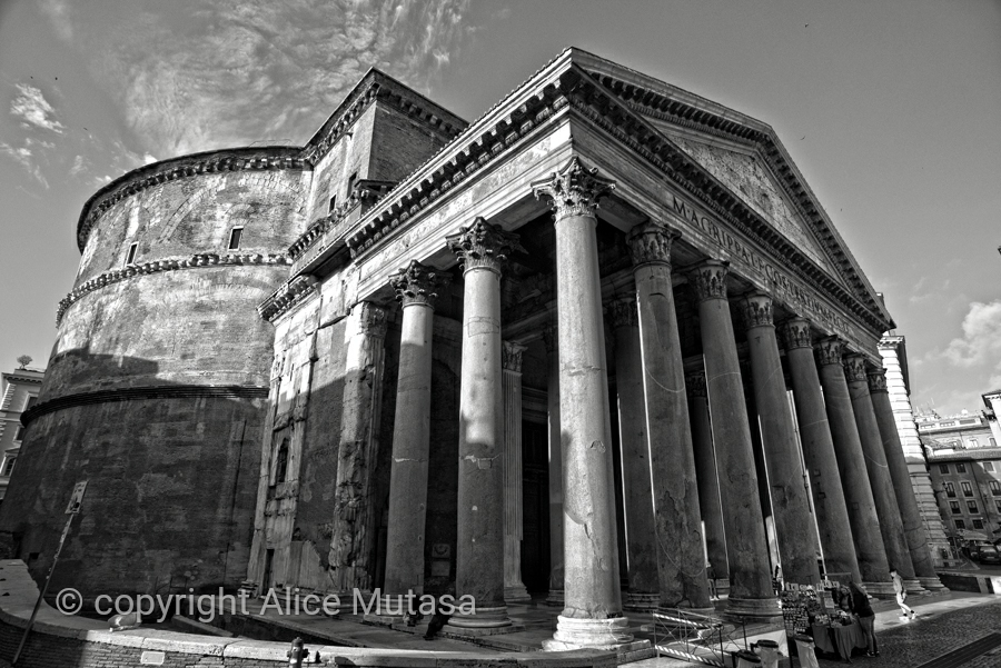 The amazing Pantheon