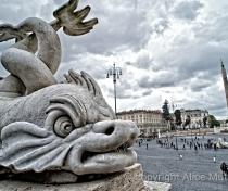 Statues above Piazza del Popolo