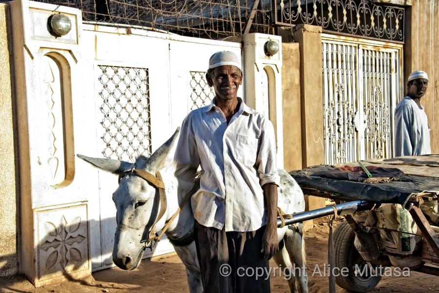 Hassan Moussa, Omdurman
