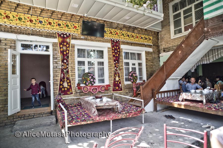 Local restaurant, Samarqand
