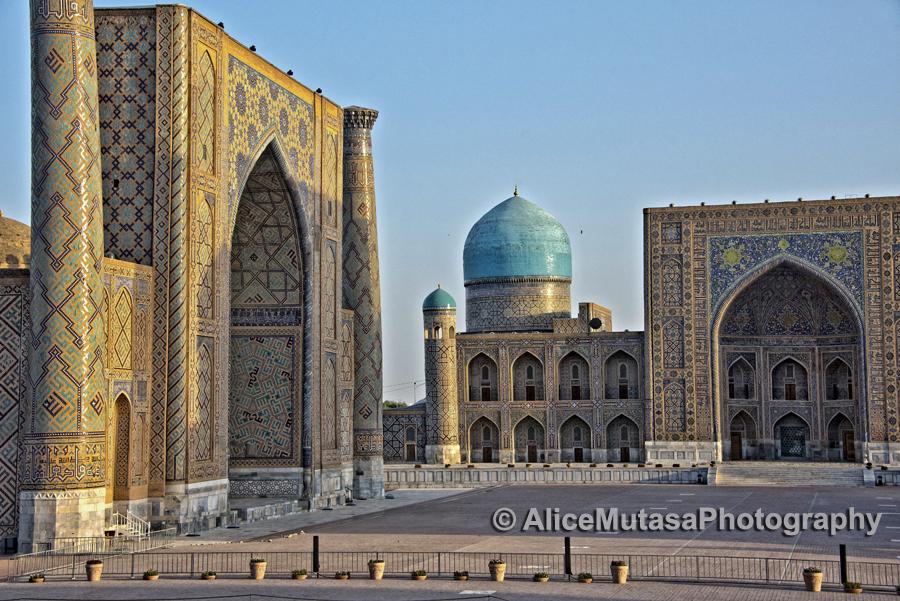 The Registan square at dawn - empty!